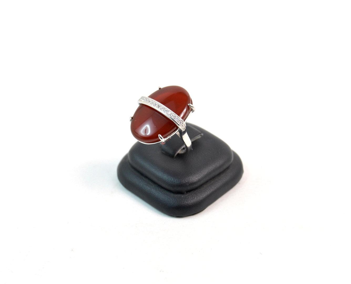 Anello in argento 925  con corniola tonda a semisfera